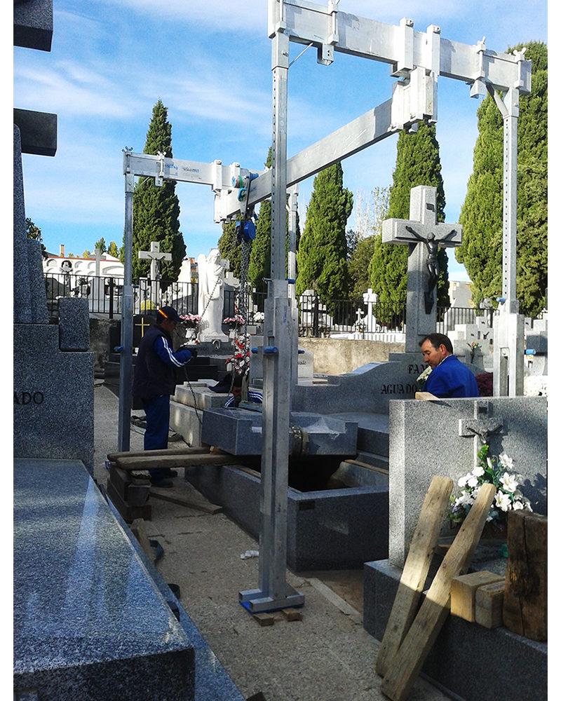 Montaje de Monumento Funerario 1